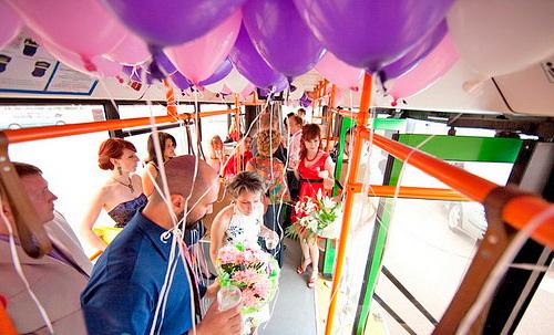 svadebniy-avtobus
